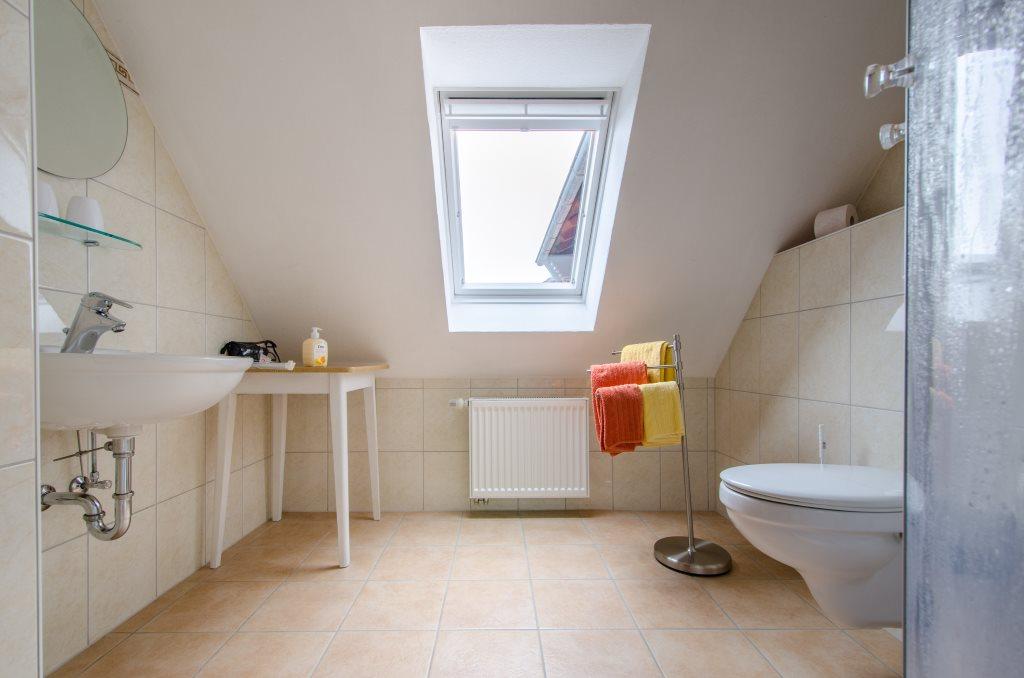 Ferienwohnungen Jytte Ferienwohnung 2 Badezimmer Das Badezimmer